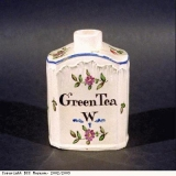 Tea caddy by Wedgwood, inscribed Green Tea